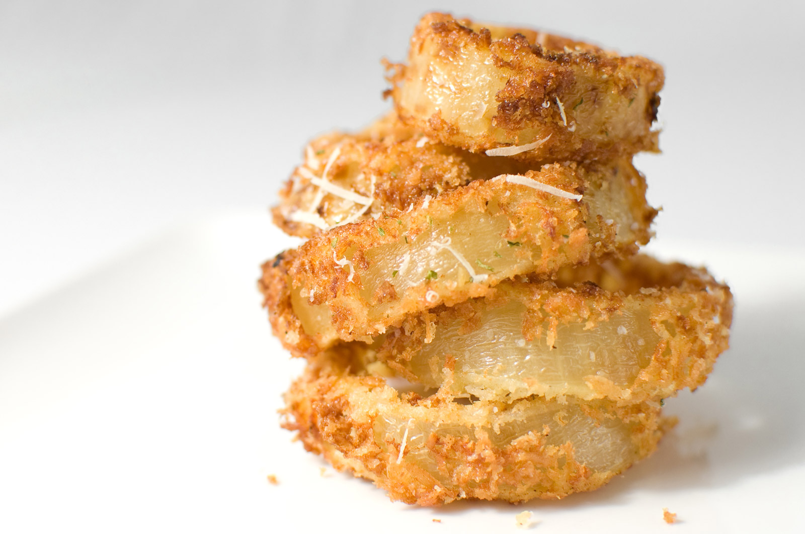 The Secret To Delicious Crispy Onion Rings [VIDEO] « eZeLiving