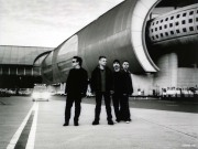 u2-beautiful-day-airport-wallpaper-1024-768