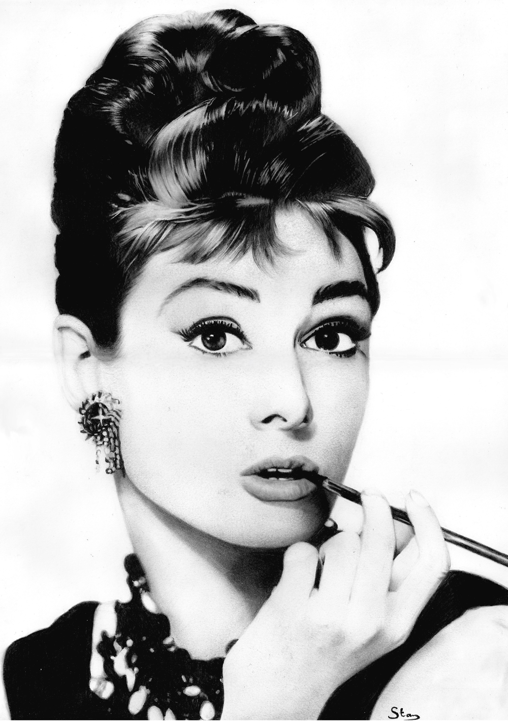 how to style your hair like audrey hepburn video ezeliving. Black Bedroom Furniture Sets. Home Design Ideas