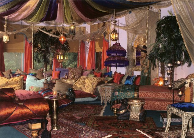 Add a Middle Eastern Touch to Your Home « eZeLiving